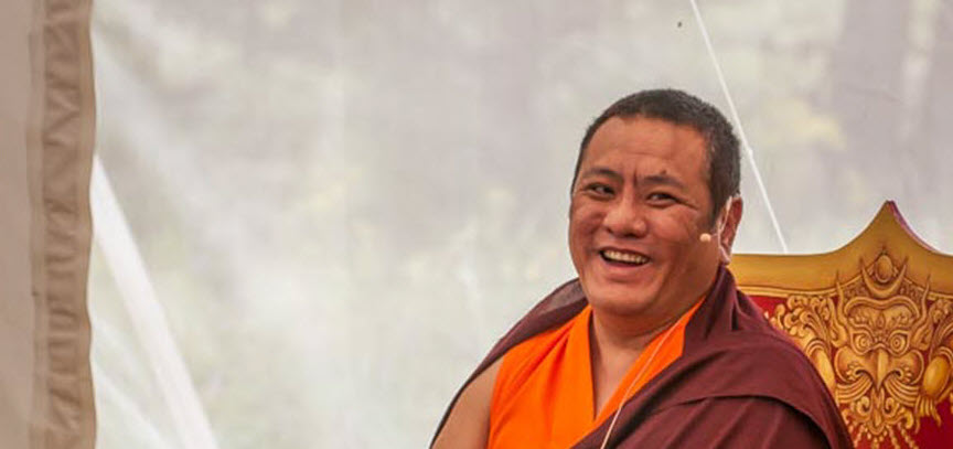 Tana Dungsey Rinpoche